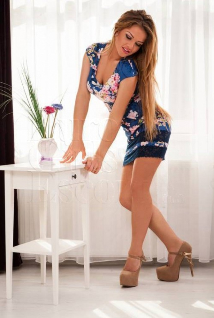 Escort Tina - best girls in Prague
